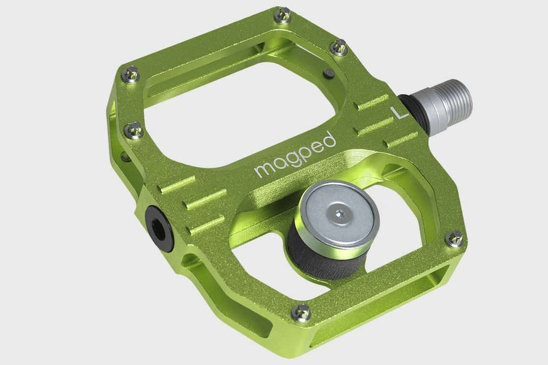 Chaque pédale Magped Sport2 mesure 104 x 92 x 18 mm