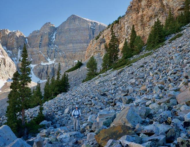 Wheeler Peak, le plus haut sommet du Nouveau-Mexique domine la chaîne Sangre de Cristo près de Taos.