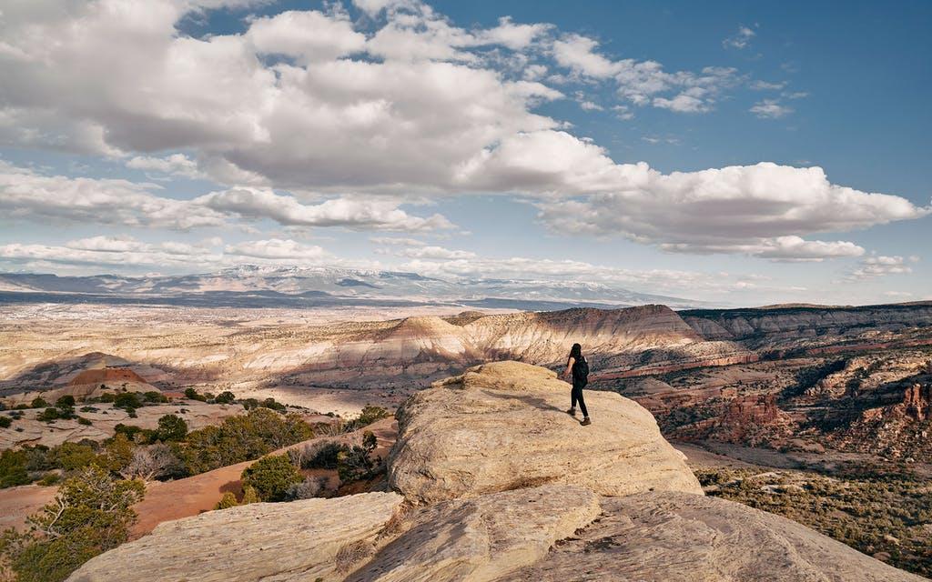 Un randonneur au Colorado National Monument.